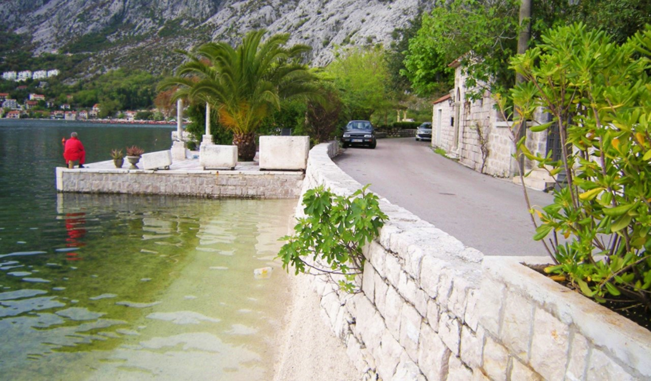 ljuta villa with berth , Ljuta