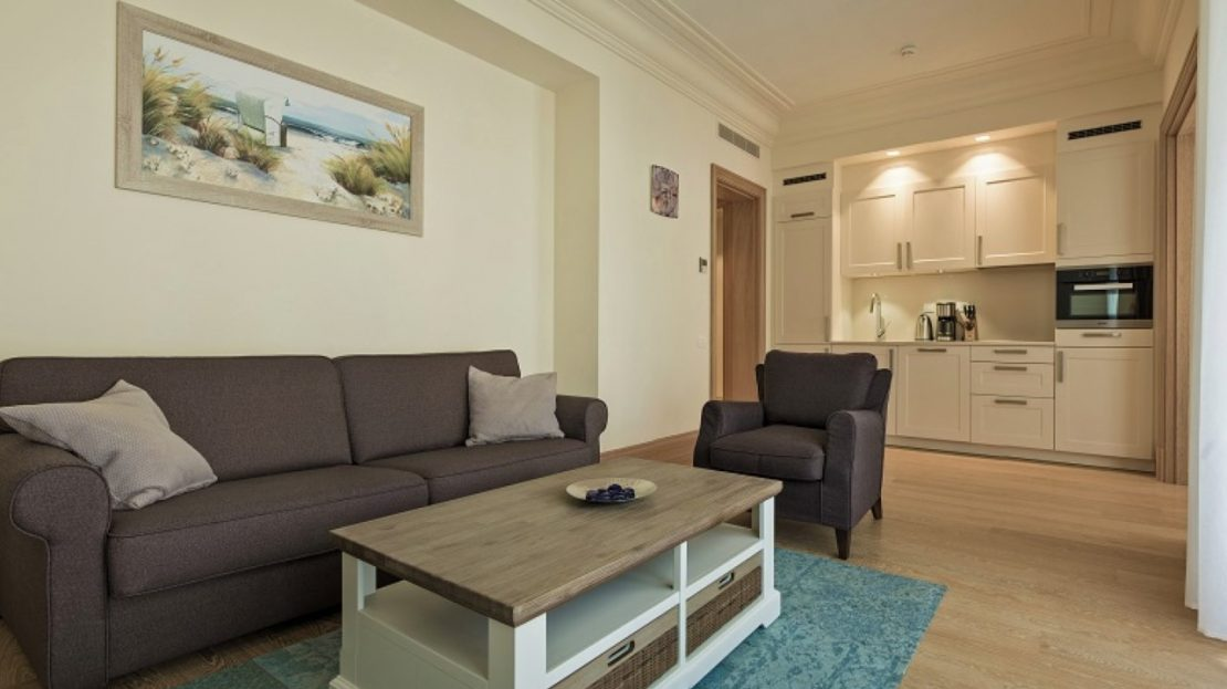 one bedroom apartment porto montenegro