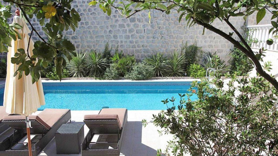stone villa perast