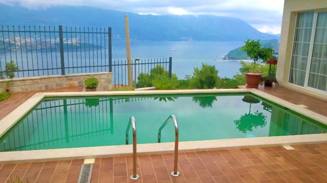 house pool budva views