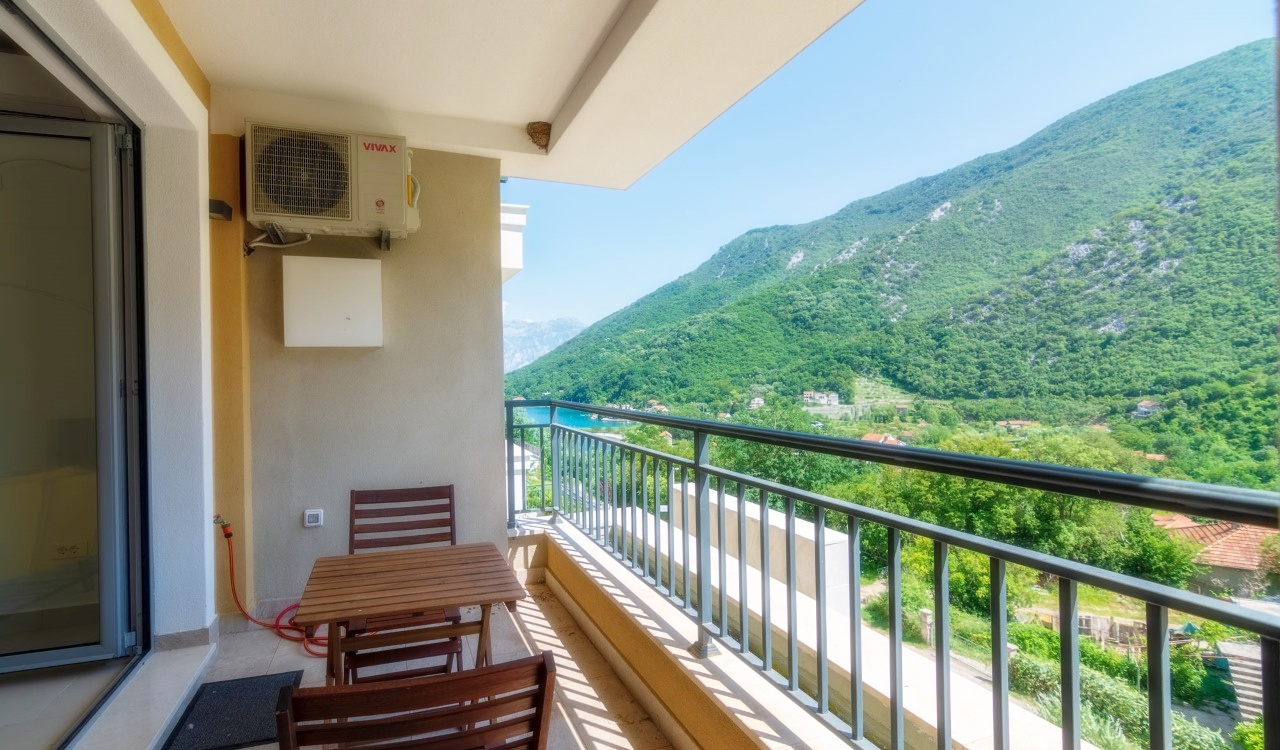 one bedroom apartment kotor bay