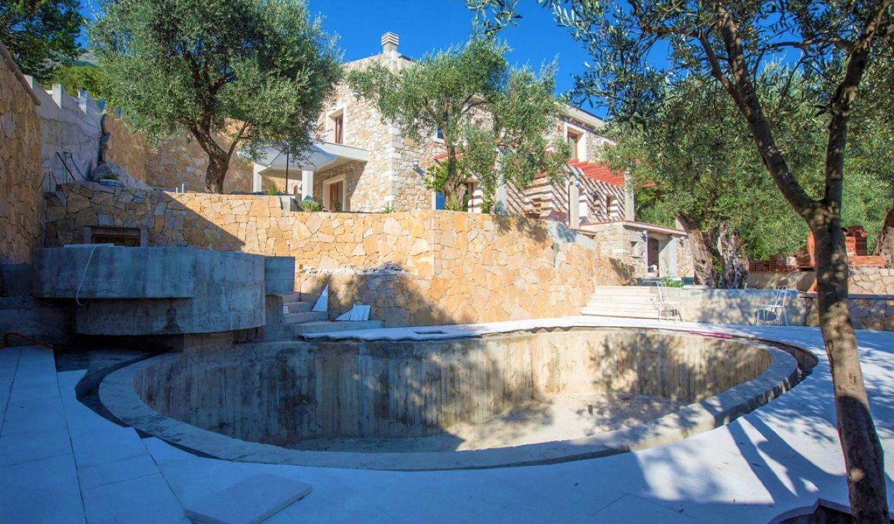 budva stone villa