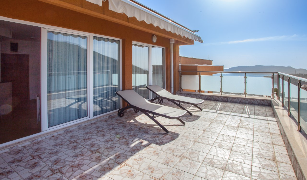 budva penthouse for sale