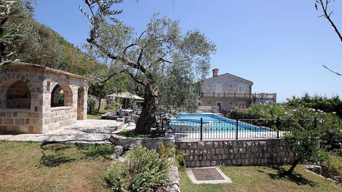 stone villa budva surroundings sale