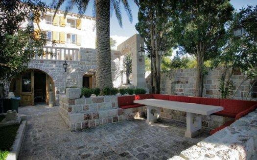 budva suburbs Mediterranean style villa