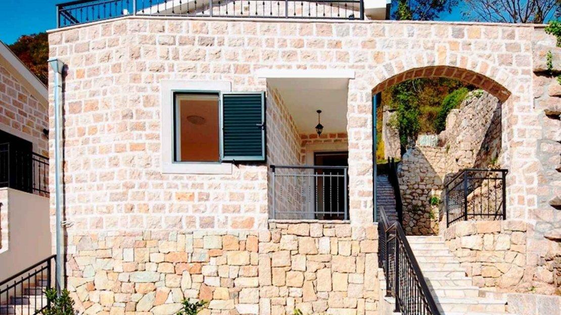 каменный дом в черногории