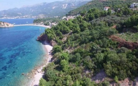seafront land with planning budva