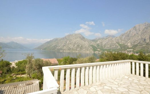 kotor ljuta house for sale