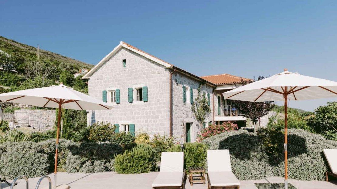 luxury house lustica sale